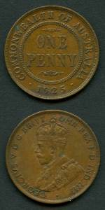 1925 Penny with Broken leg of second N variety gVF+. 8 pearls and full centre diamond.