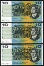 1966 $10.00 Coombs/Wilson Commonwealth of Australia consecutive run of 9 banknotes aUnc. Serial Nos SAB 535924 - SAB 535932. Catalogue Value $585.00.