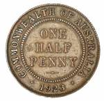 1923 Halfpenny with 6 pearls and part centre diamond VF.