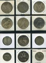 Small selection of Silver coins mainly from Canada, USA and Ireland, including several proof coins, plus miscellaneous range of Foreign coins. Noted USA 1890s, 1921, 1921s, 1922, 1923 and 1924 Silver Dollars. Actual Silver content 440g.