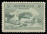 1932 5/- Green Sydney Harbour Bridge MUH and centered slightly high, with light vertical bend.