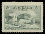 1932 5/- Green Sydney Harbour Bridge MLH and well centered. Attractive copy.